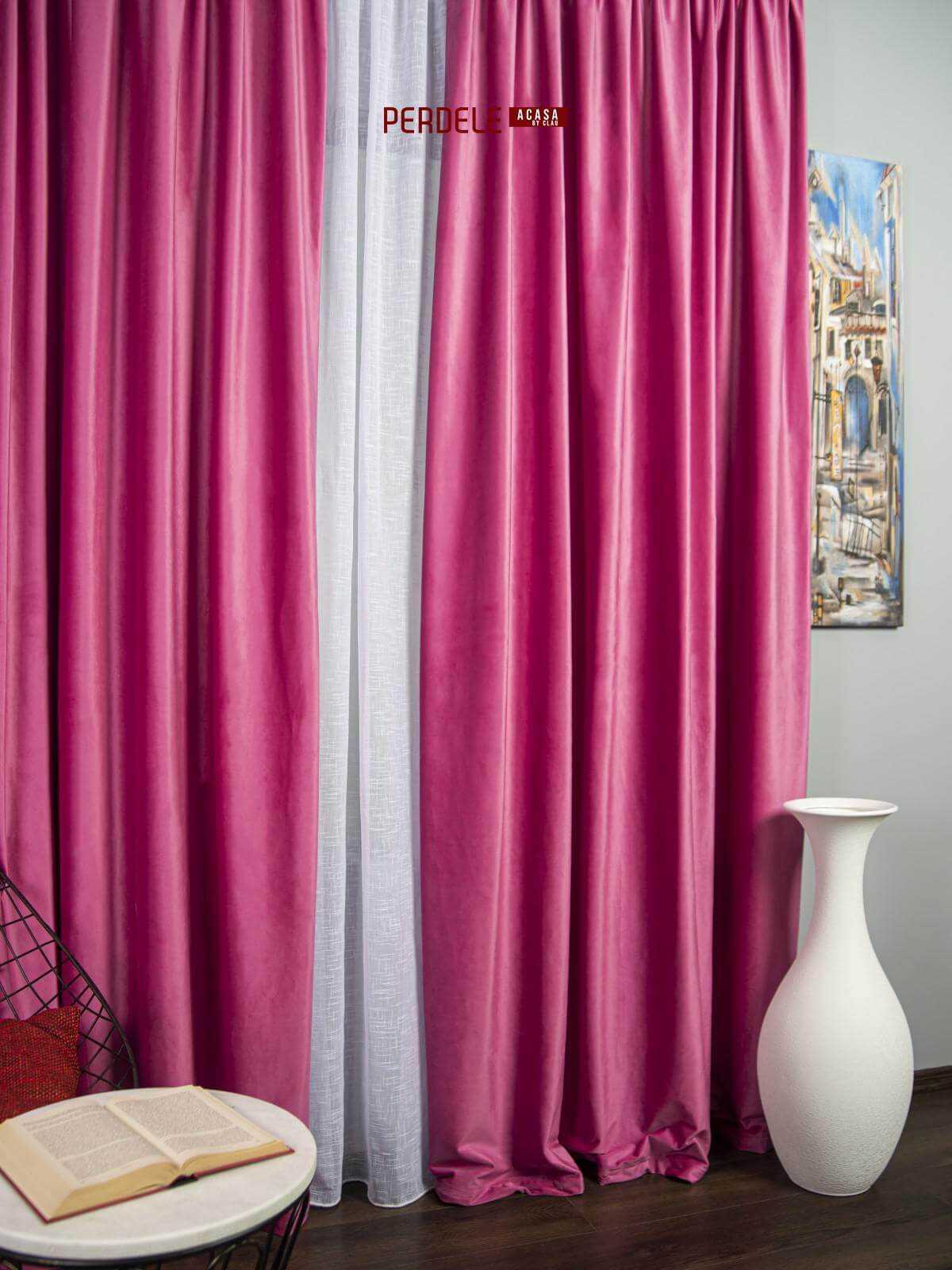 Draperie catifea roz ciclam