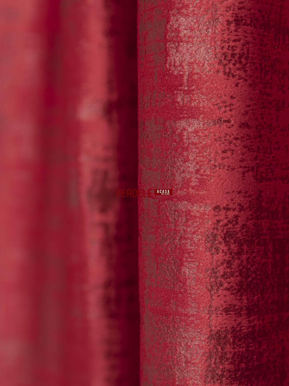 Draperie catifea texturata rosu