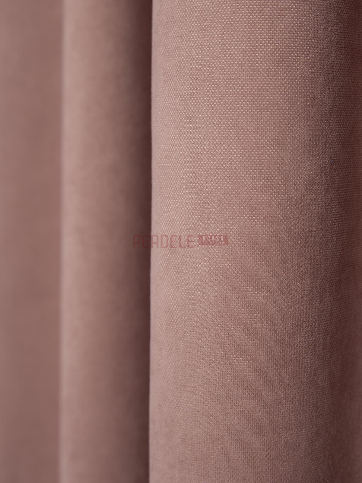 Draperie Petec roz