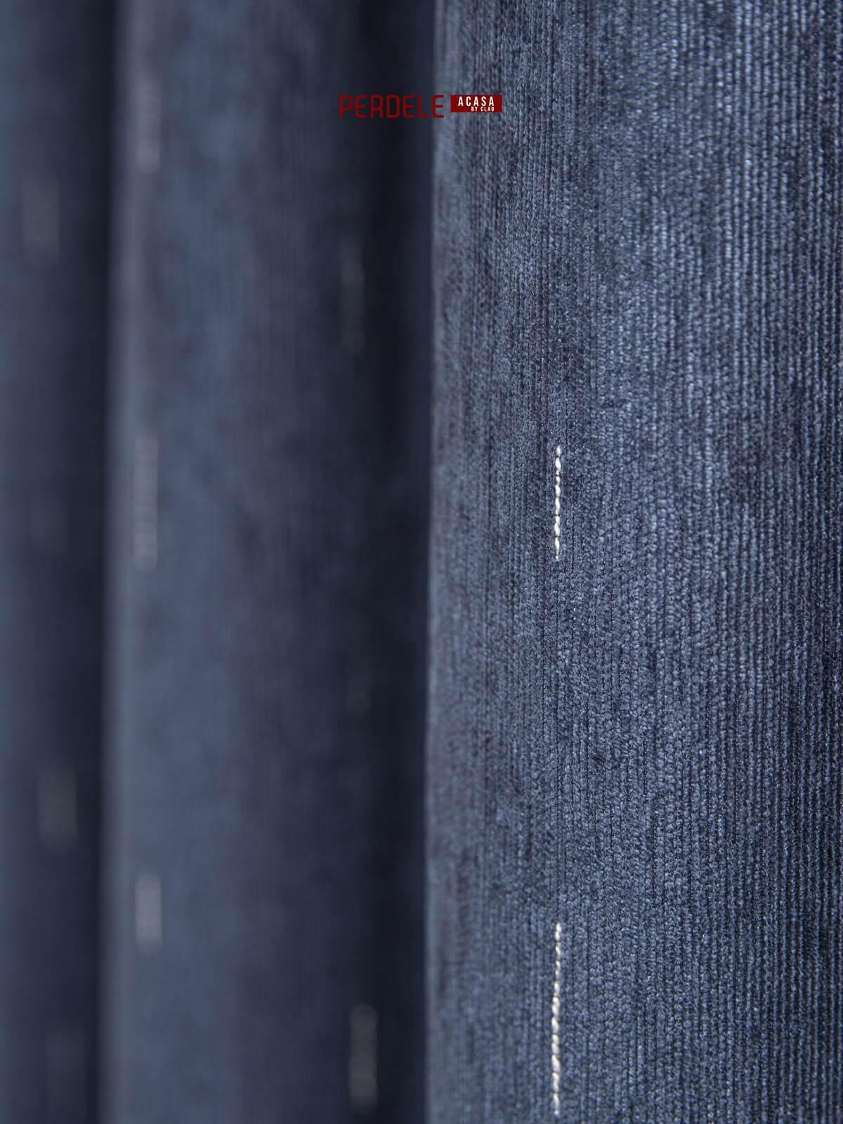 Draperie raiat albastru cu dungulite