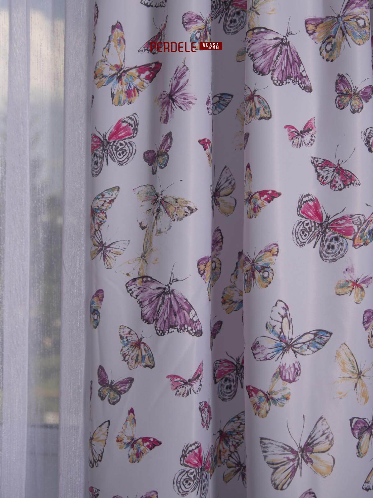 Draperie saten, model fluturasi, roz