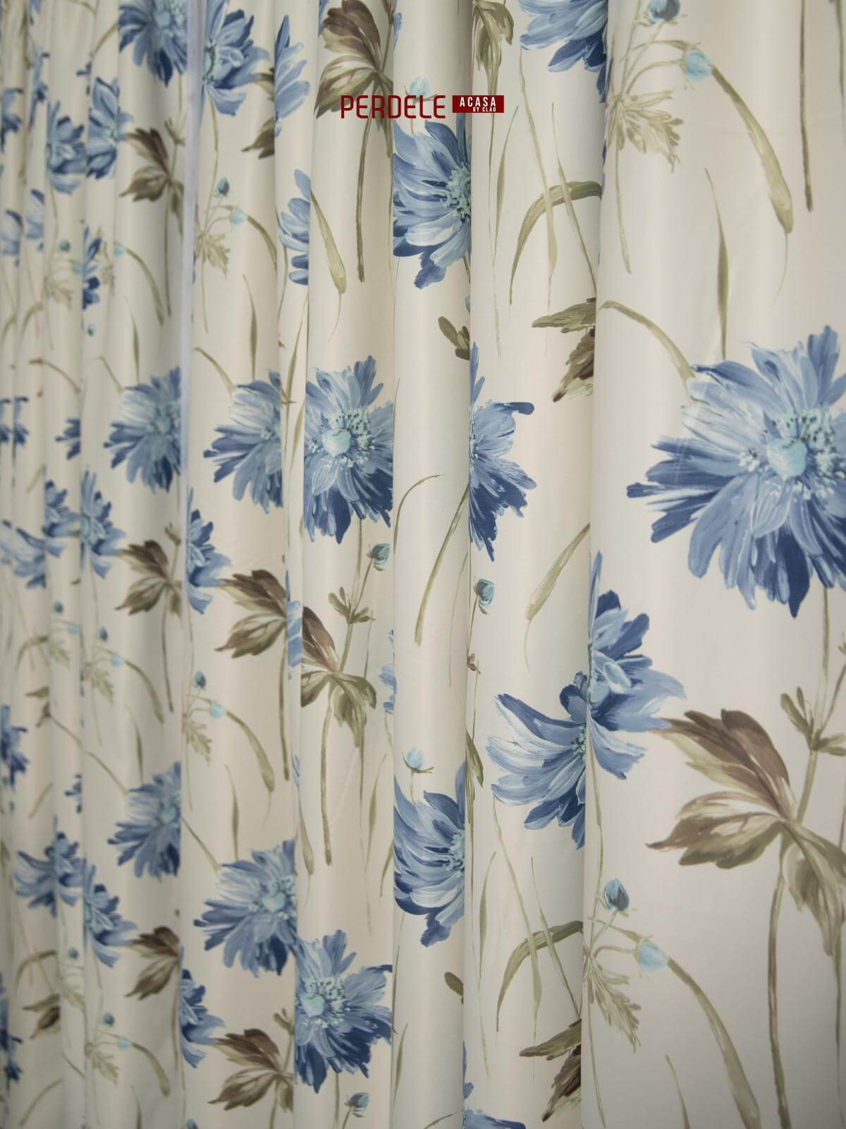 Draperie saten model flori ivoire,albastru