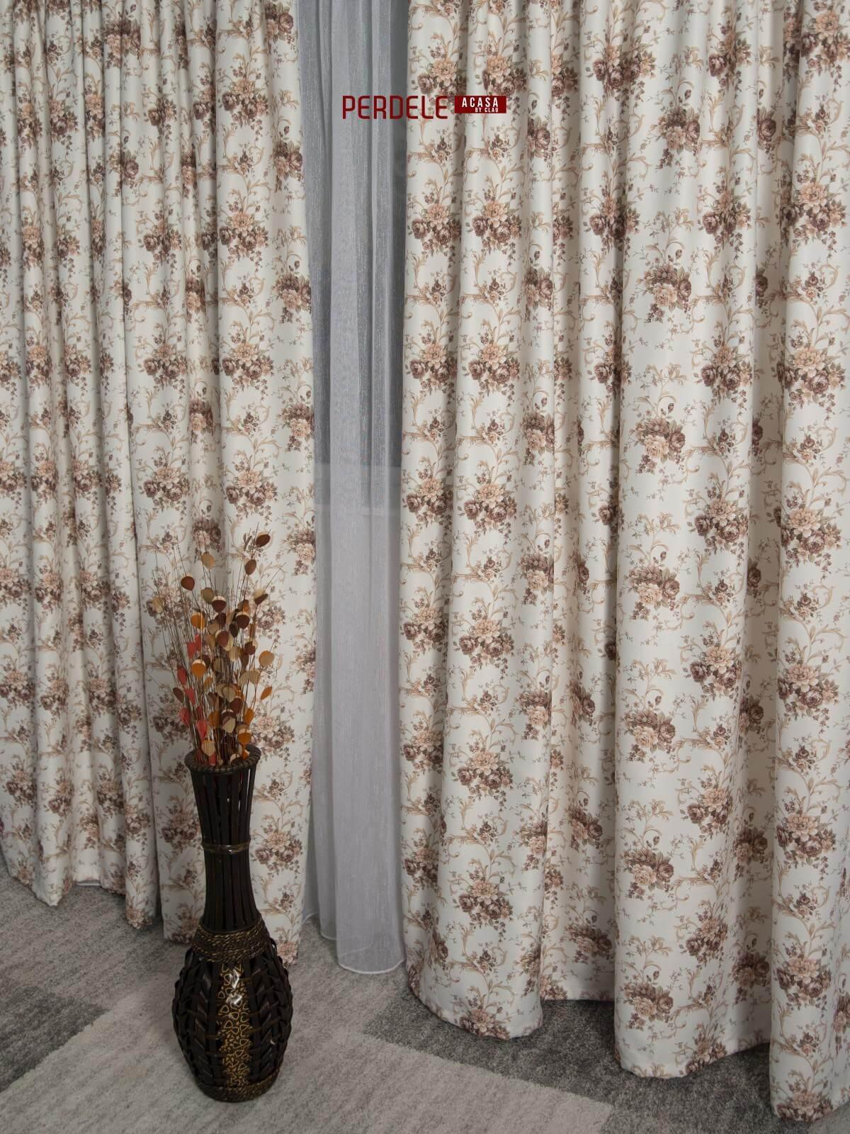 Draperie saten model flori ivoire,bej