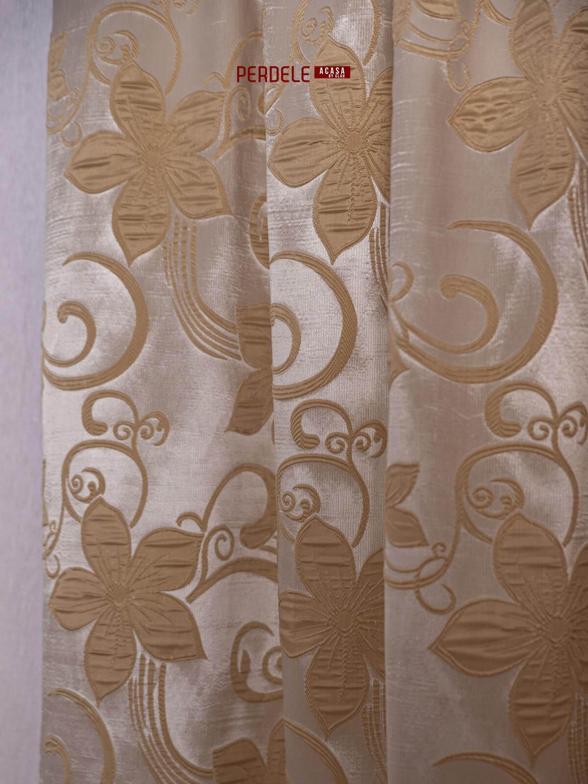 Draperie tafta,crem/auriu,model flori