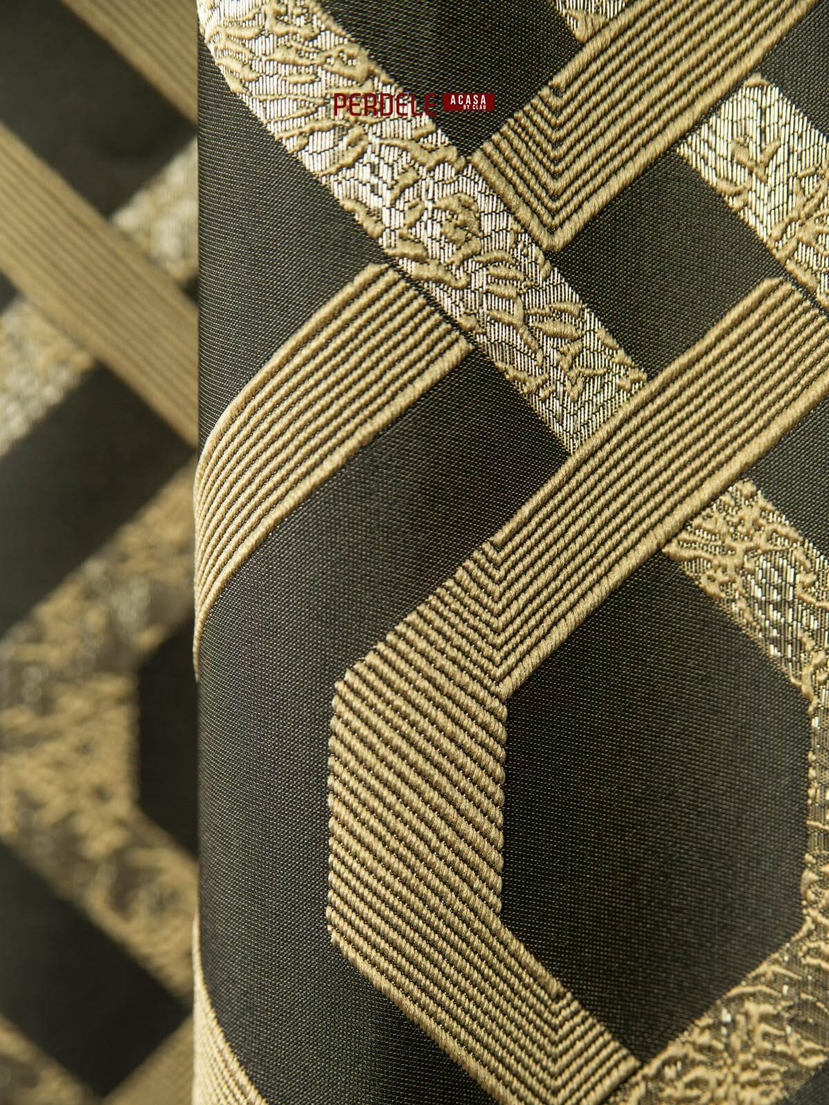 Draperie tafta negru,auriu