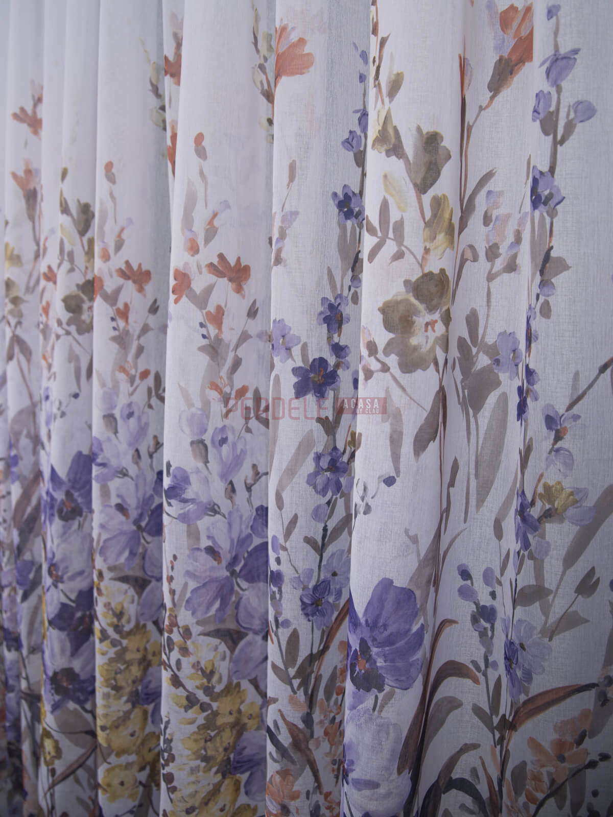 Perdea in bordura flori multicolore